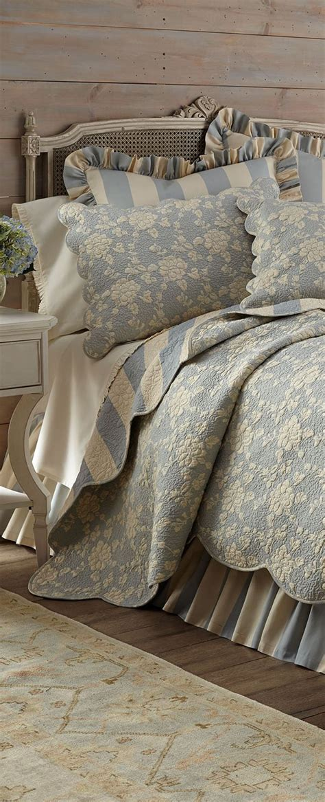 Best 25+ French Country Bedding Ideas On Pinterest