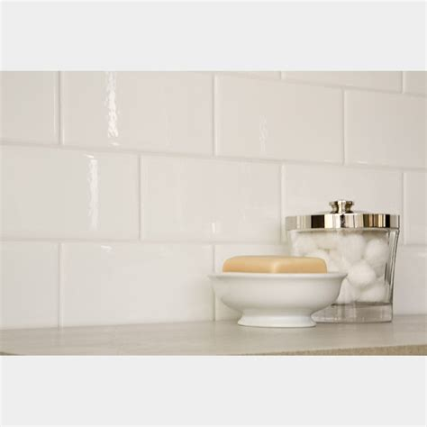 4x8 White Beveled Subway Tile by Manhattan White Subway Tile 4x8