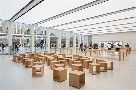 Apple Store Opens Inside The World Trade Center Oculus