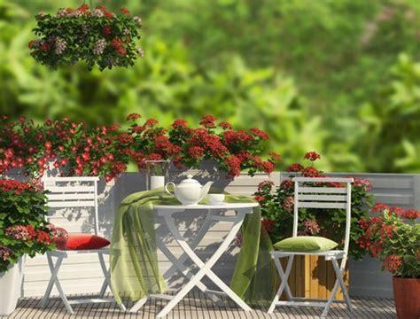 Kleinen Balkon Einrichten by Kleinen Balkon Einrichten 6 Platzsparende Ideen