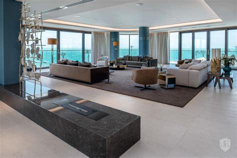 Contemporary Luxury Apartment In Dubai, United Arab