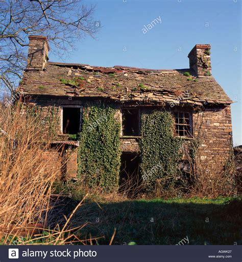 Ferienhaus Grossbritannien Kaufen by Verfallene Verlassenen Alten Steinhaus Ferienhaus Mit