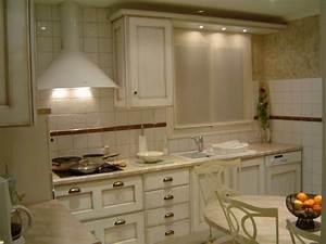Cuisine équipée Bois : cuisine equipee pour petit studio cuisine equipee pour ~ Premium-room.com Idées de Décoration