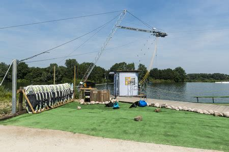 Reddingsvest Wakeboarden by Cablepark The Outsider Vlaamse Ardennen