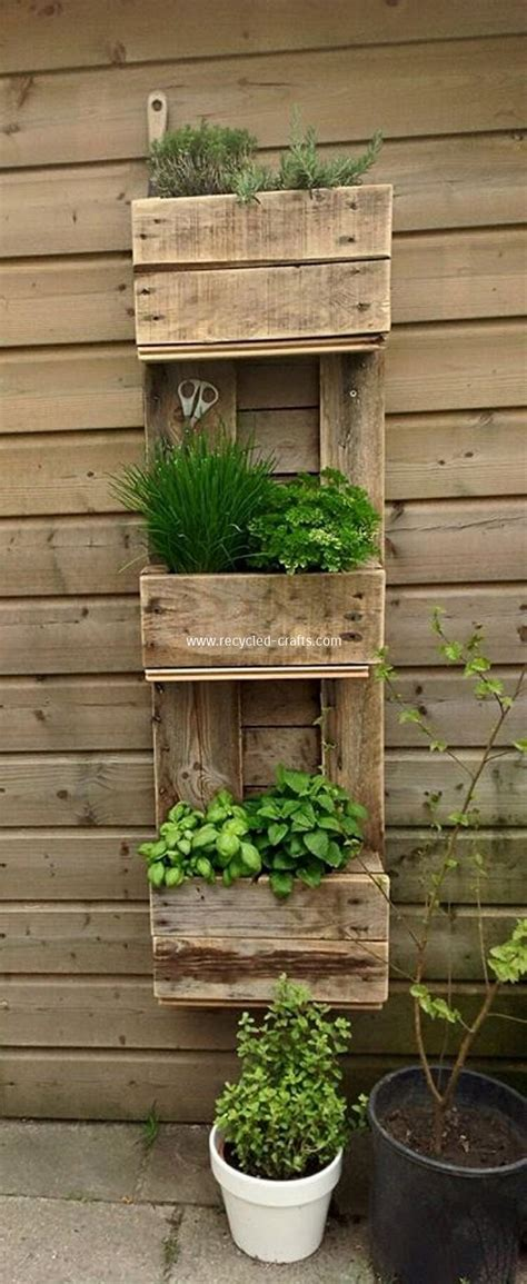 ideas using pallets decorate your home with pallets recycled things