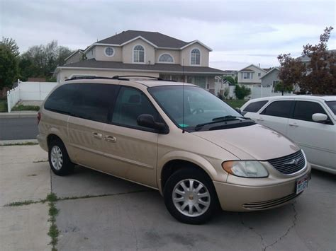 2001 Chrysler Town And Country Reviews by 2001 Chrysler Town Country Overview Cargurus