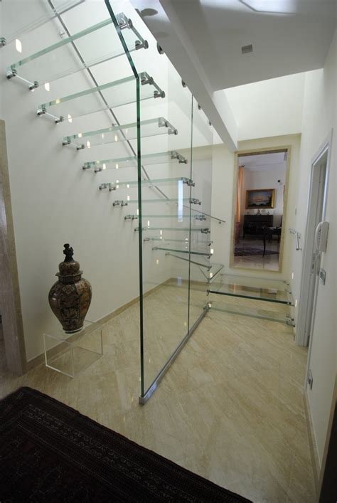 18 Select Ideas for Modern Indoor Stairs by Christian