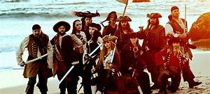 Pirates For Hir... Pirates