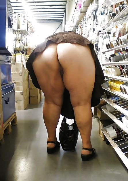 Grannies Bending Over And Showing Ass 51 Pics
