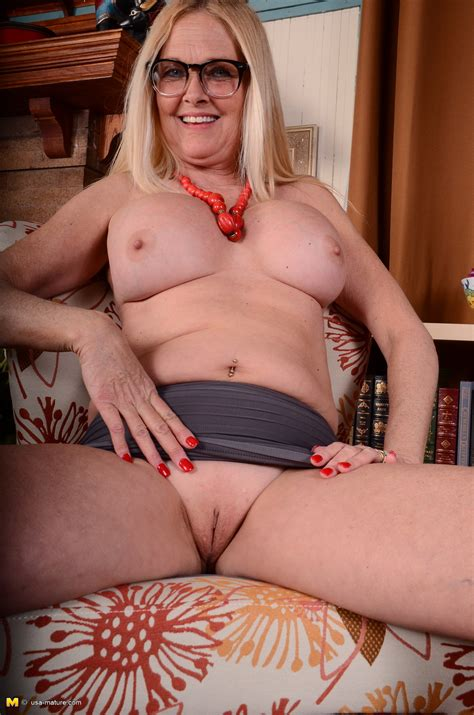 Blonde American Housewife The Mature Lady Porn Blog