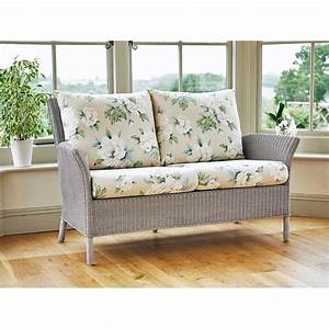 Laura Ashley Sofa : wilton sofa by laura ashley holloways ~ A.2002-acura-tl-radio.info Haus und Dekorationen