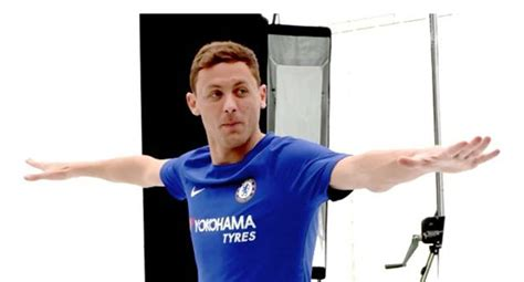 Manchester United fans get excited over Nemanja Matic deal ...