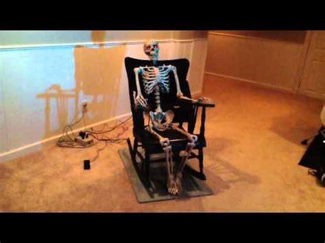 foto de halloween skeleton in rocking chair part 3 YouTube