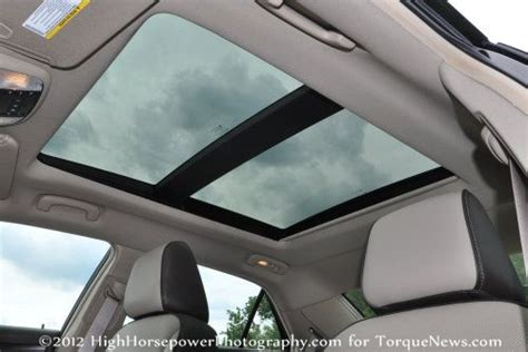 The panoramic sunroof of the 2012 Chrysler 300 Limited ...