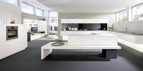 cuisine ouvert sur salon par alno la cuisine est ouverte sur une composition de