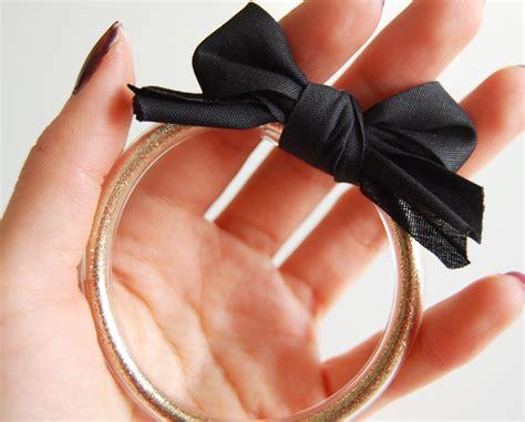 diy vinyl bracelet