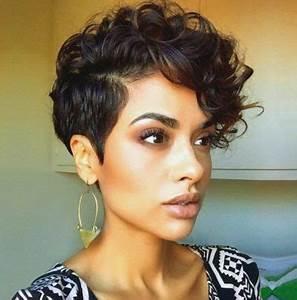 Cheveux Court Bouclé Femme : coupes courtes cheveux boucl s id es de coupes coiffures f minines et conseils ~ Louise-bijoux.com Idées de Décoration