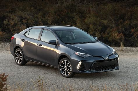Mpg Toyota Corolla by 2017 Toyota Corolla Priced At 19 365 Corolla Im Hatch At