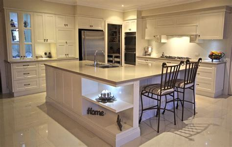 pictures of tiled kitchens caesarstone linen color 4220 kitchen ideas 4220