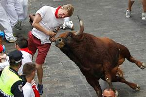 Raging bulls crush party spirit at Pamplona | Daily Star