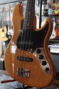 Fenderdeluxejazzbass  011