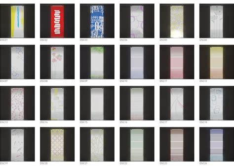Decori Per Porte In Vetro by Glass La Porta Scorrevole In Vetro