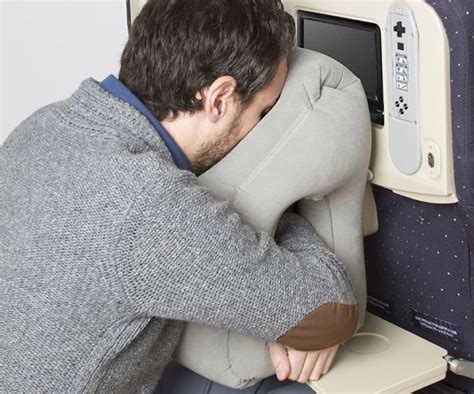 Frontal Travel Pillow