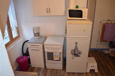 cauchemar en cuisine aix les bains les équipements de la cuisine du studio meublé en location