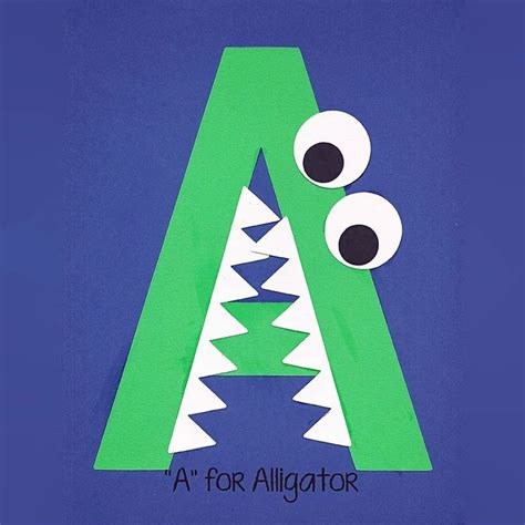 alphabet art template upper  alligator