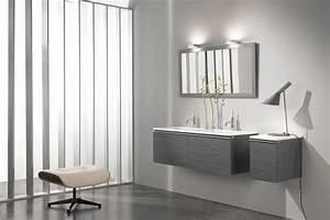 Salle de bain grise 15 idees du gris taupe a l39ardoise for Idee salle de bain grise