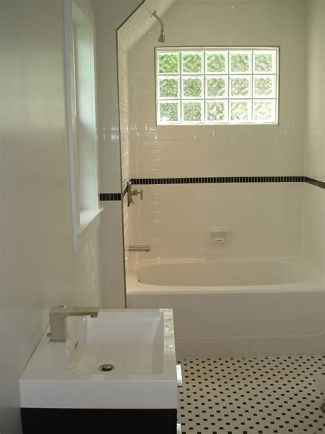 Glass Block Designs For Bathrooms by Bathroom Tile Ideas Glass Block Shower Wall Installation