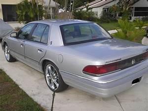 Srch4aresn 1993 Mercury Grand Marquisls Sedan 4d Specs