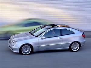 Mercedes Classe C 2002 : image 2002 mercedes benz c class coupe size 640 x 480 type gif posted on december 31 ~ Gottalentnigeria.com Avis de Voitures
