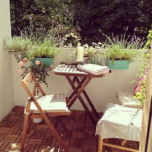Kleiner Kräutergarten Balkon : 17 best images about balkon inspirationen on pinterest outdoor benches planters and decks ~ Frokenaadalensverden.com Haus und Dekorationen