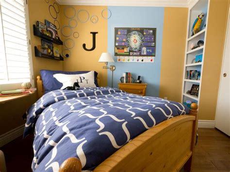 Boys Bedroom : Small Boy's Room With Big Storage Needs