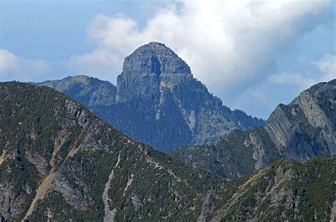 dabajian mountain taiwan tourist information