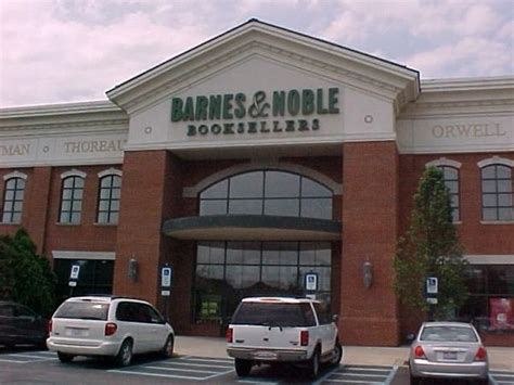 barnes and noble columbus ohio 9 best easton town center images on columbus