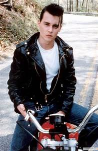 pictures of johnny depp as 1950s rebel wade quot cry baby