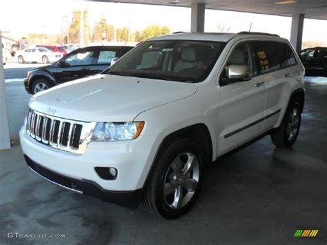 2011 Stone White Jeep Grand Cherokee Overland #43145651