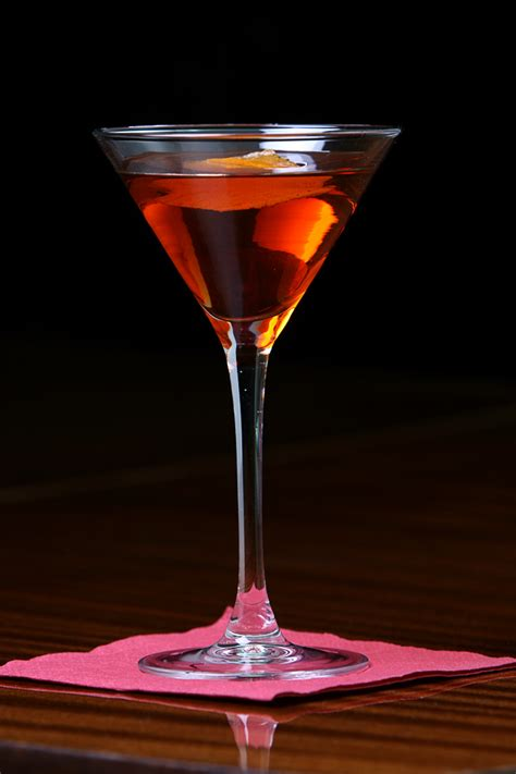 southern comfort manhattan peychaud s bitters science of drink
