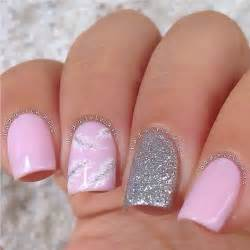 Silver and light pink color nail art trendy mods