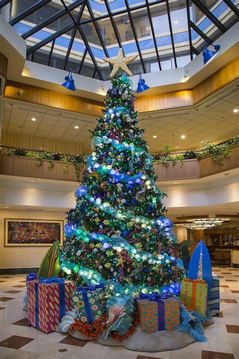 rockin around the christmas trees of the hotels of the disneyland resort disney parks blog