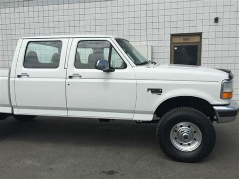 CLEAN 1997 FORD F250 CREW CAB XLT 4X4 SHORT BED 7.3