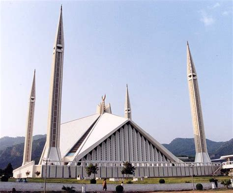 60 Photos of Beautiful Mosques Around The World - Hongkiat ...