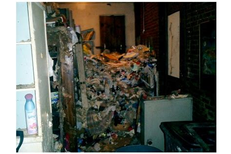 disgusting pictures   hoarders nyc apartment