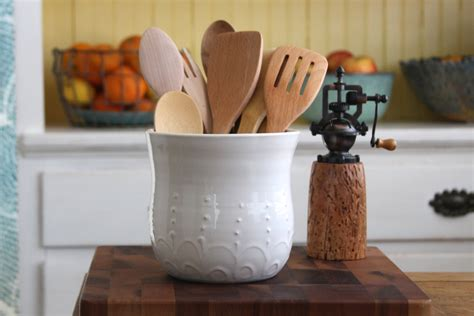 diy kitchen utensil holder 22 clever diy home organization hacks to simplify your Diy Kitchen Utensil Holder