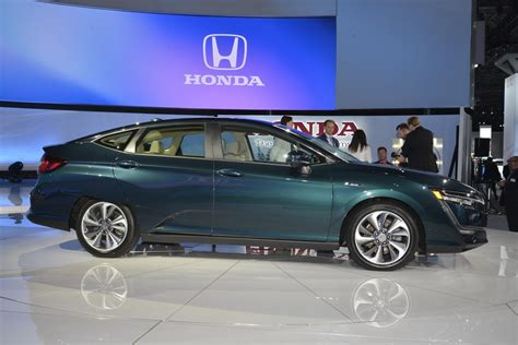 honda expands clarity lineup   phev ev   york