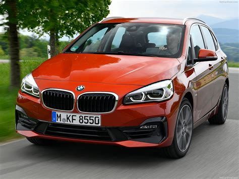 Bmw 2series Active Tourer (2019)  Picture 17 Of 97