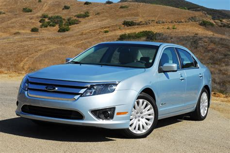 2010 Ford Fusion Hybrid Review & Test Drive
