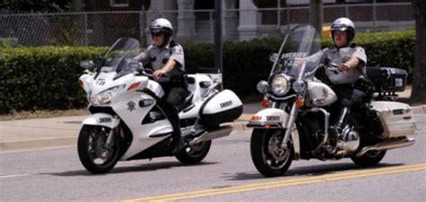 Us Police Officers Start Preferring Honda Over Harley